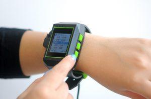 ساعت GPS