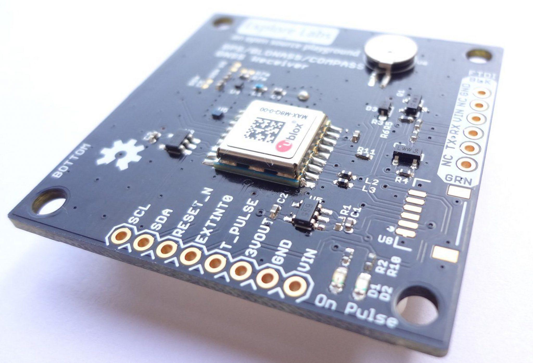 ردیاب جی پی اس ماشین دارای باتری داخلی و قابلیت اتصال مستقیم به برق خودرو با پشتیبانی از سیمکارت برای ردیابی آنلاین با کمک فناوری GPS با مشاهده و نمایش گرافیکی مشخصات ردیابی و هشدار ها بر روی نرم افزار موبایلی اندروید و iOS بر روی گوشی های هوشمند ما. فروشگاه دوبال
