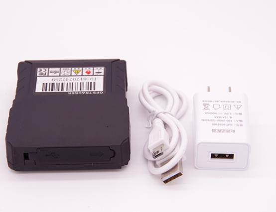 ردیاب جی پی اس آهنربایی مدل CA-P3A یک دستگاه ردیابی عالی برای مکانیابی انواع خودروهای سواری و باری میباشد که دارای یک باتری داخلی با شارژدهی بسیار عالی در کنار پشتیبانی از سیمکارت داخلی برای دریافت اطلاعات و هشدارهای ردیابی خودرو میباشد. برای کسب اطلاعات بیشتر به فروشگاه اینترنتی دوبال مراجعه فرمایید.